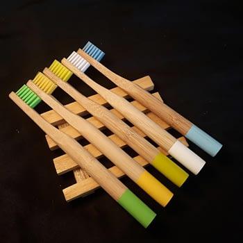 Escova de Dentes de Bambu Infantil 2