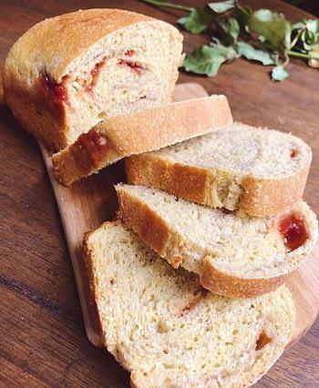 Pão de Milho & Goiabada 1
